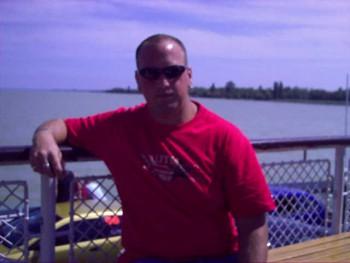 frenky32 38 éves társkereső profilképe