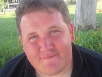 Rácz Imre 31 éves társkereső profilképe