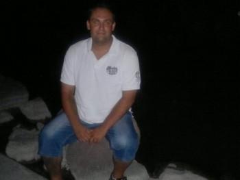 lavi24 36 éves társkereső profilképe