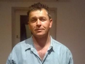 sinyi49 54 éves társkereső profilképe