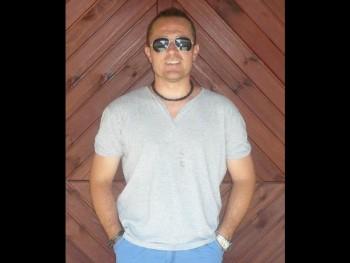 nederland 46 éves társkereső profilképe