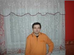 József77 - 41 éves társkereső fotója