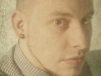 Osiris 31 éves társkereső profilképe