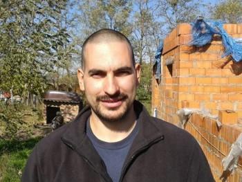 ime 40 éves társkereső profilképe