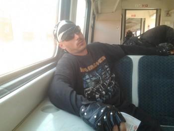 TOM666 33 éves társkereső profilképe