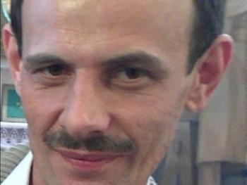 karcsi9 42 éves társkereső profilképe