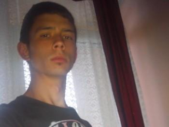 riocsi 26 éves társkereső profilképe