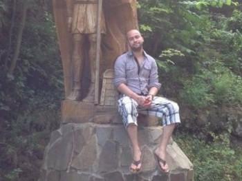 Ádám Nyezsnyik 32 éves társkereső profilképe