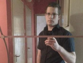 Mikey 23 éves társkereső profilképe