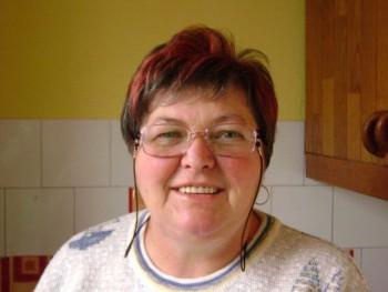 MARIKA57 62 éves társkereső profilképe