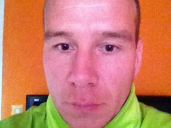 pumukli10 44 éves társkereső profilképe