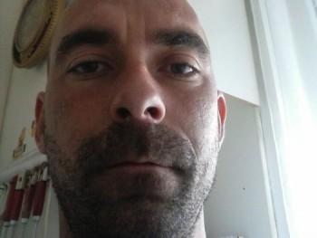 öcsitibor 36 éves társkereső profilképe