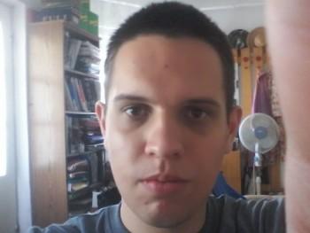 hgeri998 23 éves társkereső profilképe