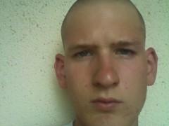 Gabor_18 - 22 éves társkereső fotója