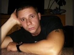 Chris22 - 35 éves társkereső fotója