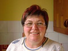 MARIKA57 - 62 éves társkereső fotója