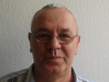 Csikilacci 60 éves társkereső profilképe