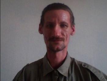 Tom99Kr 40 éves társkereső profilképe