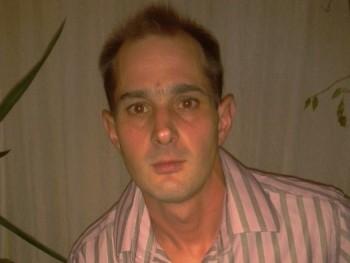 fartom012 45 éves társkereső profilképe