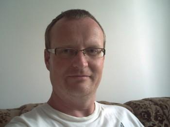 torid 43 éves társkereső profilképe