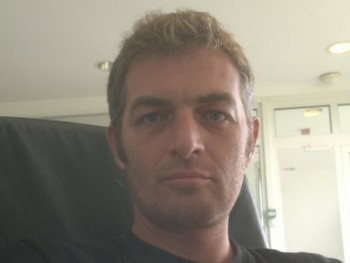 Joni 42 éves társkereső profilképe