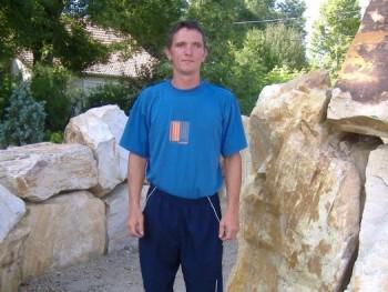 András 1980 41 éves társkereső profilképe