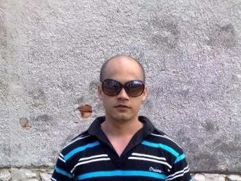 zoli2632 35 éves társkereső profilképe
