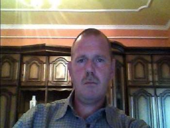 Timur 49 éves társkereső profilképe