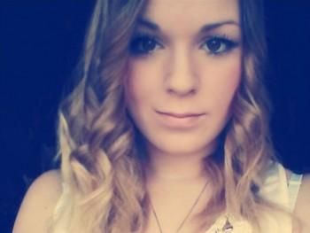 Anna09 25 éves társkereső profilképe