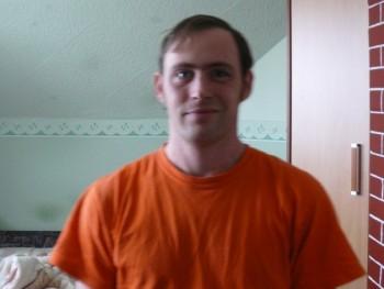 Karesz83 37 éves társkereső profilképe