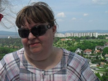 akilav 60 éves társkereső profilképe