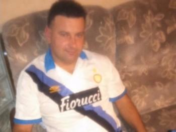 AlbánZoli 44 éves társkereső profilképe