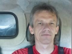 kutyu - 54 éves társkereső fotója