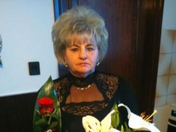 Madlena 68 éves társkereső profilképe