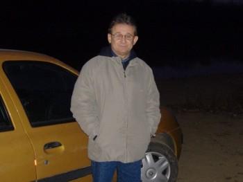 Sizat 64 éves társkereső profilképe