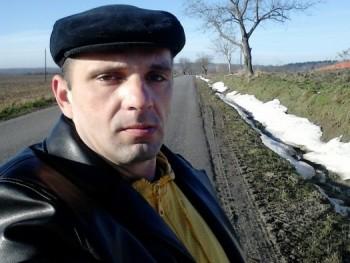 döme1212 43 éves társkereső profilképe