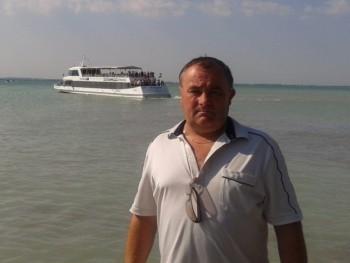 Zotti 55 éves társkereső profilképe