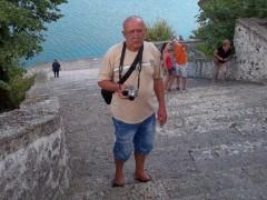 barna szem - 62 éves társkereső fotója