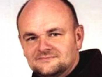 bitman 47 éves társkereső profilképe