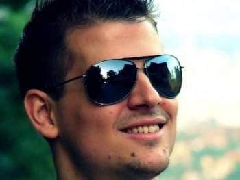 Manusz 33 éves társkereső profilképe