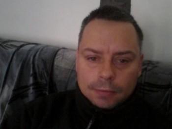 roland1278 41 éves társkereső profilképe