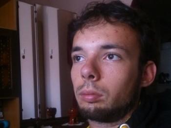 Kisszudi 30 éves társkereső profilképe