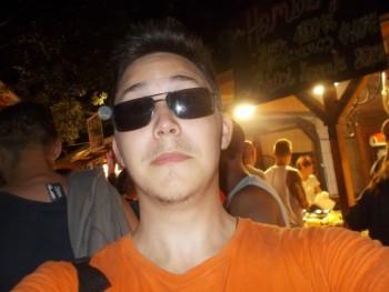 Prohi 24 éves társkereső profilképe