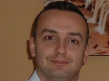 David_17 32 éves társkereső profilképe