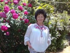 Edit-Mária - 64 éves társkereső fotója