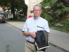 Őszülő halánték - 80 éves társkereső fotója