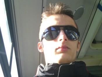 MoRty95 25 éves társkereső profilképe