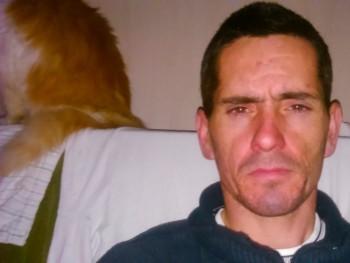 szabó lászló 36 éves társkereső profilképe