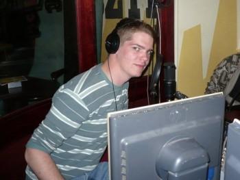 Adamv 28 éves társkereső profilképe