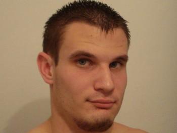 Symonds 31 éves társkereső profilképe